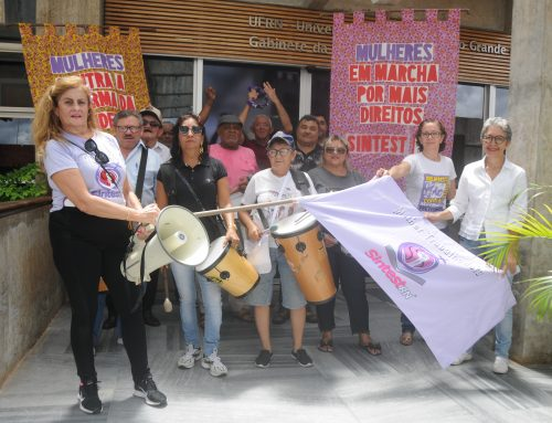 Cortejo em alusão ao dia de luta das mulheres no mundo, o #8M