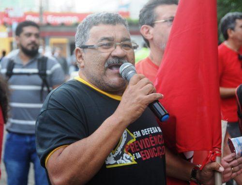 Ato em defesa da previdência reúne sindicalistas na Av. Salgado Filho
