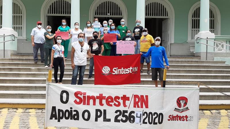 Natal tem ato em apoio ao PL2564 que luta por salário digno aos profissionais de enfermagem